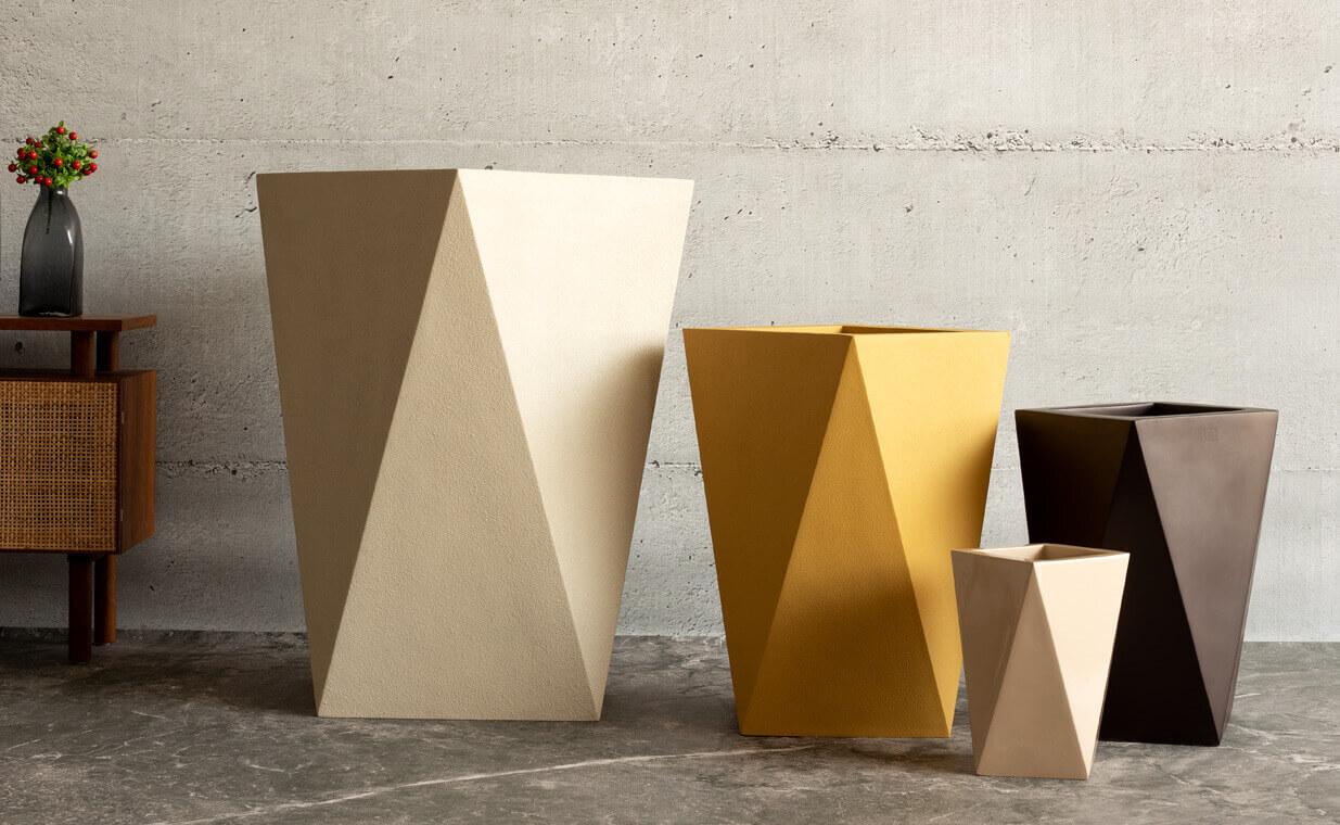geometrical fiberglass planter, remind from Bonasila.